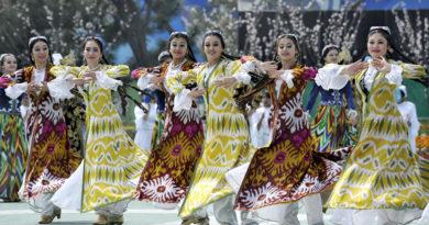 узбекских национальных танцев